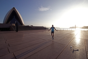 Andreas Heumann Springseil Sydney Hafen Sonnenuntergang