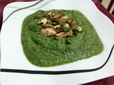 Suppe_Spinatsuppe mit Hähnchenstreifen