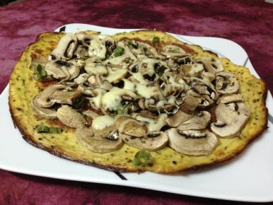 Vegetarisch_Pilzpizza mit Blumenkohlboden