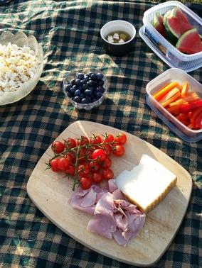 picnic-888398_960_720