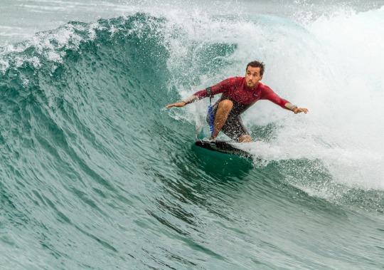 surfing-1245930_1920