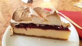 Topfen-Weichsel-Torte