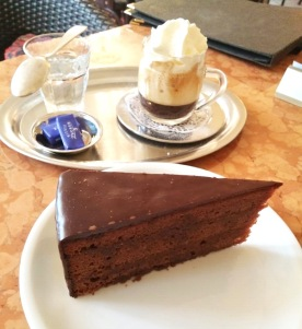Die berühmte Sacher-Torte