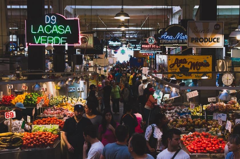market-922845_1920