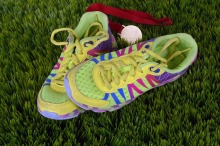running-shoes-1428049_1920-1