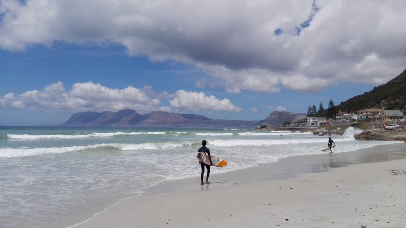 Surfer am Muizenberg Strand