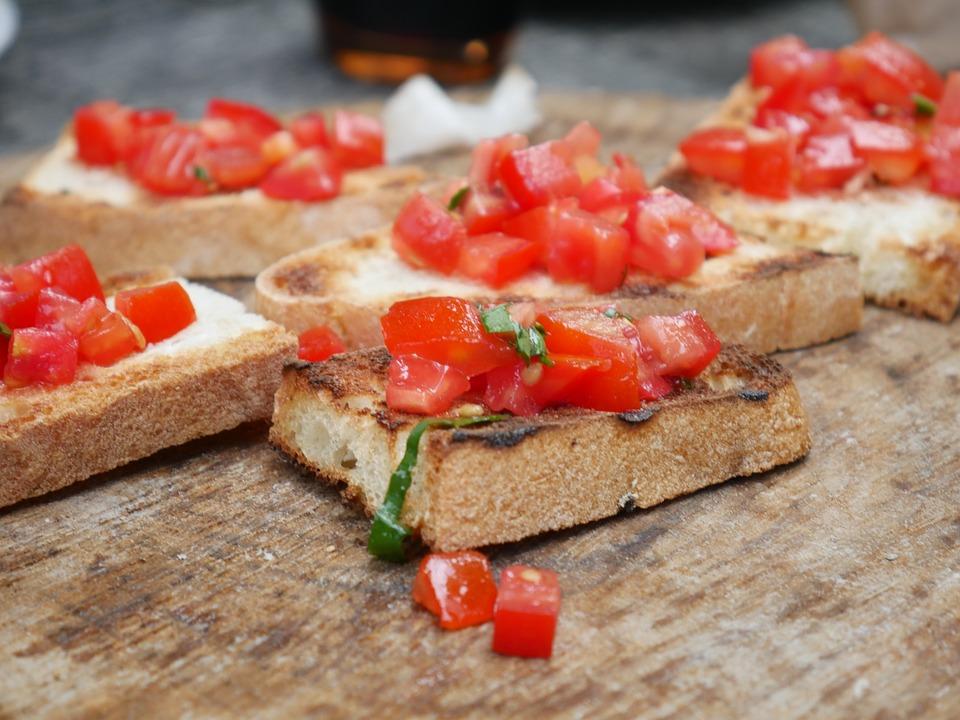 3 Dinge, die ihr mit altem Brot machen könnt!