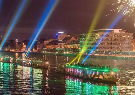 Daily News: Aquarella > Mit Licht und Musik auf dem Wasser der Spree > 24. bis 25. August 2018