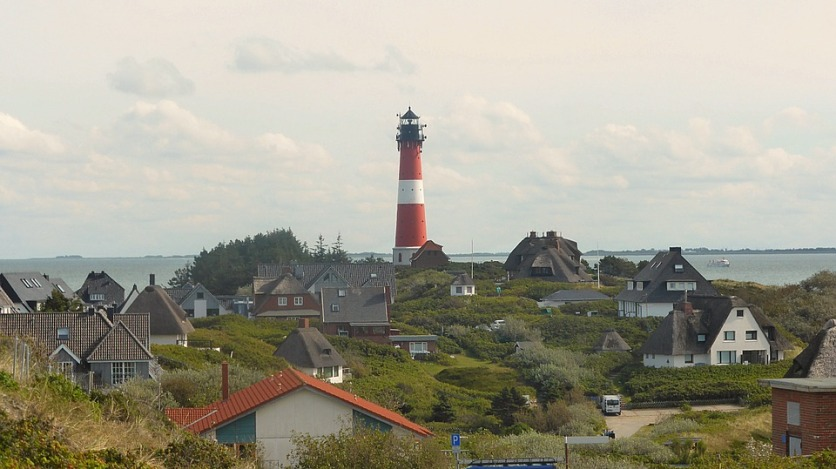 lighthouse-988376_960_720