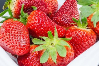berries-864842_960_720