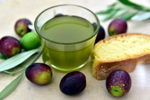 olive-oil-3803168__340