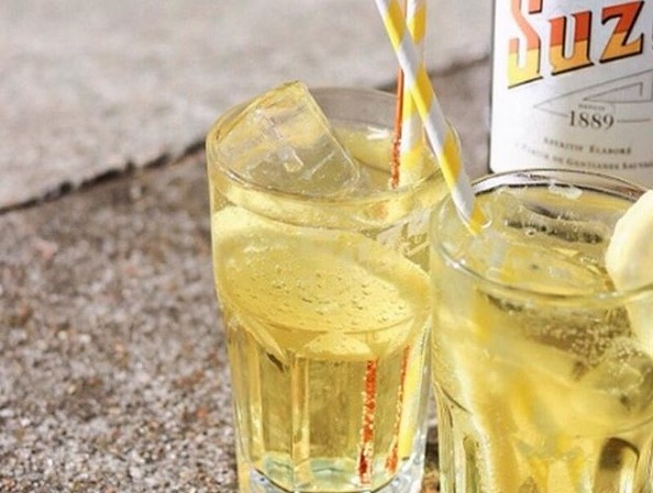 Summer-Inspiration: Das leckerste It-Getränk des Sommers → Suze Tonic